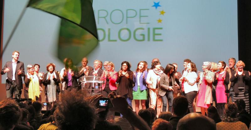 Meeting EELV Toulouse 08-04-14 : tou-tes les candidat-es sur scène